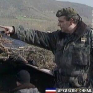 Горан Јевтовић је пуковник у пензији; од 1990. г., па све до последњих дана НАТО агресије (1999. г.) на Србију и Црну Гору службовао је у команди Петог Приштинског корпуса тадашње Војске Југославије.